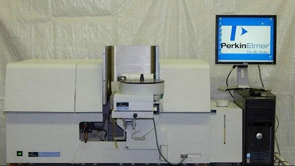 Perkin Elmer 700 原子吸收光谱仪